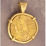 Lima Mint Eight Escudos Gold Cob Coin Dated 1739 in 18kt Gold Pendant with Emeralds