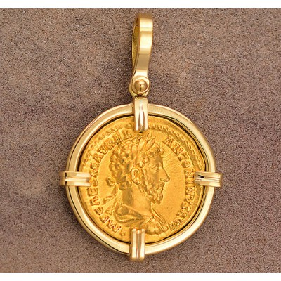 Authentic Ancient Roman Gold Aureus Coin Marcus Aurelius circa A.D. 161-180 in 18kt Gold Pendant